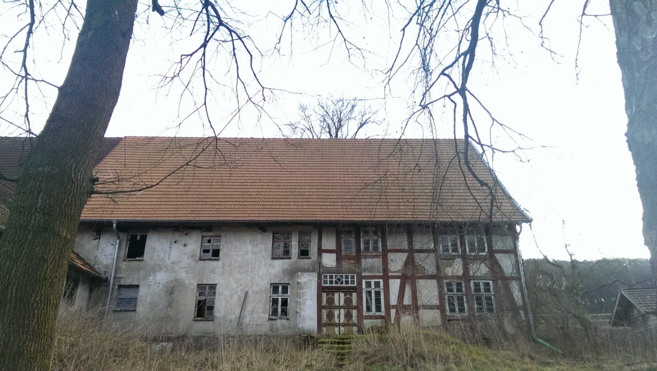 old-house-310458